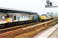 33064+33102 Gloucester 04.08.91 (jonf45 - 5 million views -Thank you) Tags: construction br diesel 33 rail railway trains class british locomotive railfreight 33064 33102 37891 56038