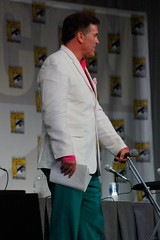 Bruce Campbell (Hilary_JW) Tags: sandiego comiccon brucecampbell sdcc burnnotice samaxe mattnix