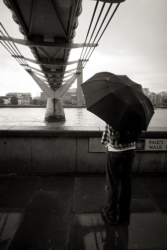 565/1000 - Raining on Paul's Walk by Mark Carline