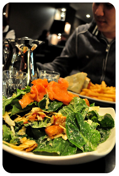 Angel Cafe Toowoomba: Caesar Salad with Smoked Salmon