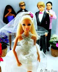 I Don't Wanna Be a Bride (Dawn Ellis) Tags: barbie kendoll runawaybride barbiedolls dollwedding dolldrama dollstories barbiebride dolldiorama kengroom barbiebried dontwannabeabride