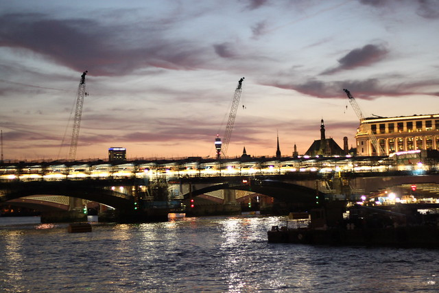 LONDON CALLING 694