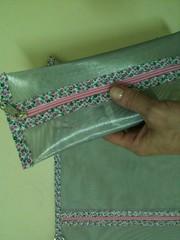"""Estojo da Feltro Flor! (""""Feltro Flor"""") Tags: quilt patchwork bolsa bolsas aula molde tecido bordado costura necessaire"""