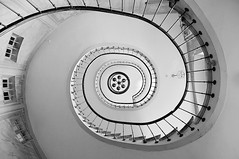 stairs (AO-photos) Tags: blackandwhite paris architecture stairs noiretblanc fisheye 8mm lustre escaliers samyang