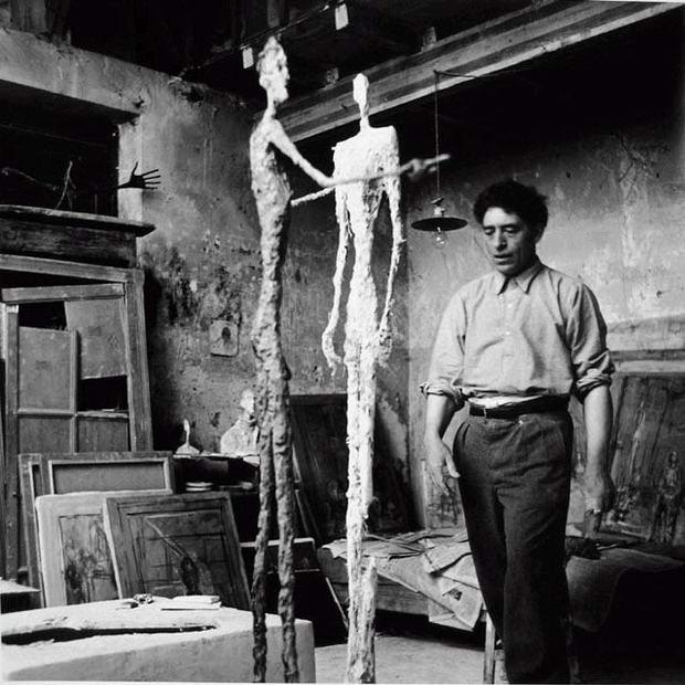 Ernst-Scheidegger- Giacometti-in-studio-1950