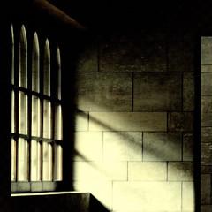 Light enters II (zeze57) Tags: light shadow texture window wall museum germany munich münchen deutschland interior olympus e510 neuepinakothek newpinakothek zeze57