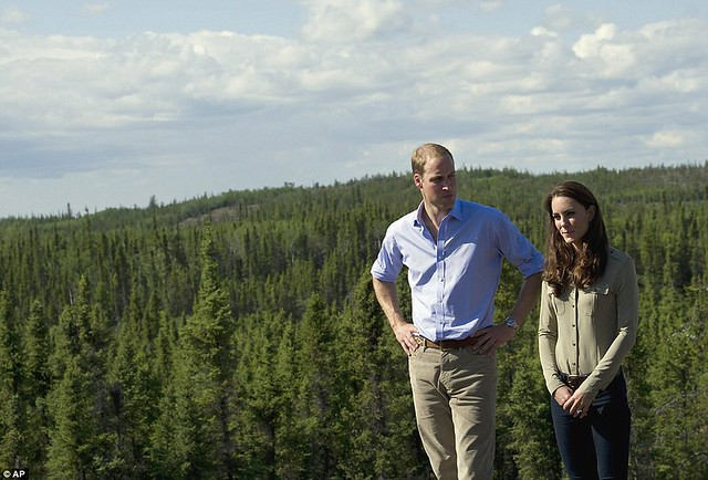 Two Royals in a boat Canoe-dling Kate and William wow Canada's Northwest Territories with their paddling partnership in a kayak  9