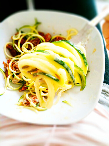 Raw Zucchini Pasta in Vegan Cream Sauce