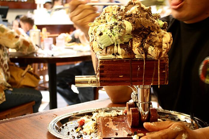 The Kitchen Sink At San Francisco Creamery Co Ice Cream Challenge U