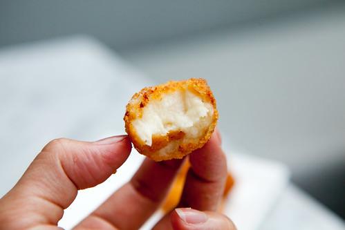 Creamy, fluffy cheesy biten  Idiazabal croquette