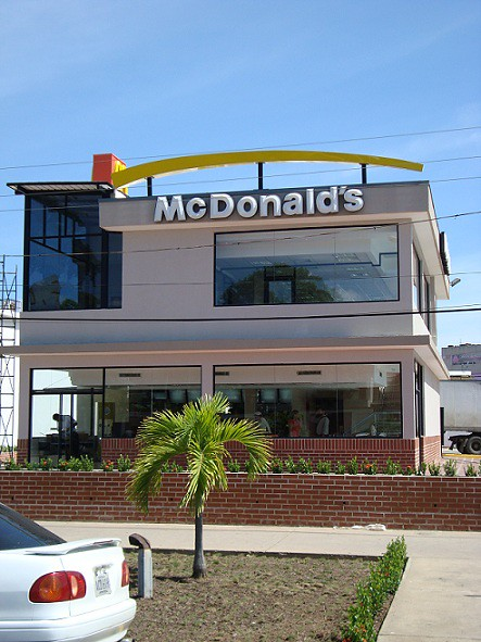 McDonald's abre segu ndo restaurante en C umaná