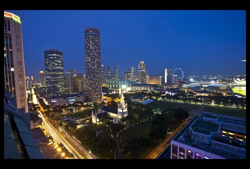 Flickr: Sheba_Also - Singapore Business Centre at Dusk-3=