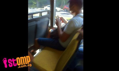 Dangerous prank: Man releases large hornet on bus, causing panic