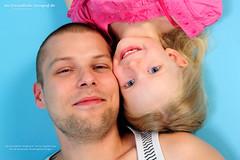 110706 Vater und Tochter 10 (der-freundliche-fotograf.de) Tags: portrt menschen kind mann vater tochter mensch
