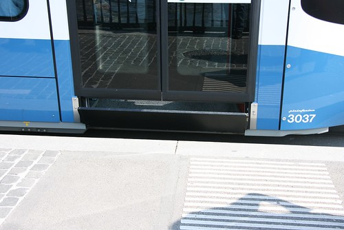 VBZ (Zurich) Cobra (2001-10) door closed and step folding