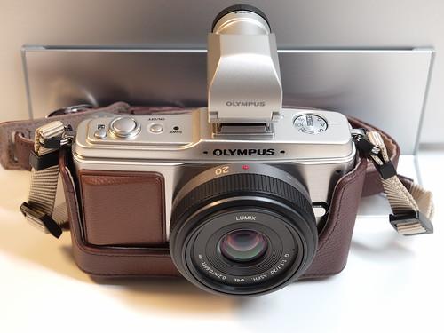 OLYMPUS E-P2 + LUMIX G 20mm F1.7 Asph.
