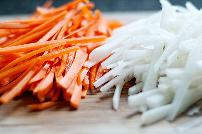 carrots and daikon pickled