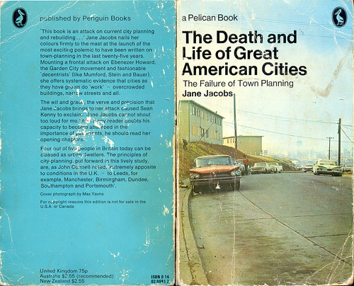Jane Jacobs's most revered book (by: Rob Annable, creaive commons license)