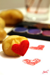 For you / Fr Dich (ingridworks) Tags: stillleben heart valentine fr herz mothersday kartoffel basteln muttertag