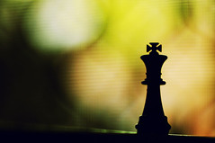 (Cak Bowo) Tags: stilllife digital indonesia 50mm nikon king bokeh chess nikkor dslr siluet silhoutte nikkor50mmf14 eastjava nikkor50mm sidoarjo catur afnikkor50mmf14d d300s nikond300s