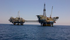 Oil Rigs: Elly & Ellen