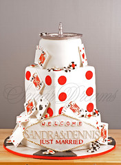 Vegas Wedding (Bettys Sugar Dreams) Tags: vegas wedding cake germany cards lasvegas hamburg marriage casino betty poker roulette hochzeit hochzeitstorte blackjack torte gumpaste jeton karten spielkarten welcometolasvegas hochzeitstorten flowerpaste bettinaschliephakeburchardt bettyssugardreams