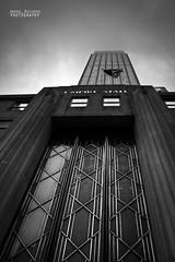 Fog on top of the Empire (Andrea Rapisarda) Tags: nyc bw usa newyork blancoynegro america skyscrapers manhattan zuiko biancoenero oly zd grattacieli fourthird quattroterzi zd1442mm rapis60 andrearapisarda olympuse620