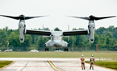 Osprey Hover (Phoenix 6) Tags: us airport michigan airshow helicopter ypsilanti marines takeoff runway raptors osprey hover tiltrotor willowrun mv22 thunderovermichigan vmmt204