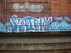 rainy (fishinginthedark) Tags: train shoe graffiti state very rainy freight vrs hekto ex2r