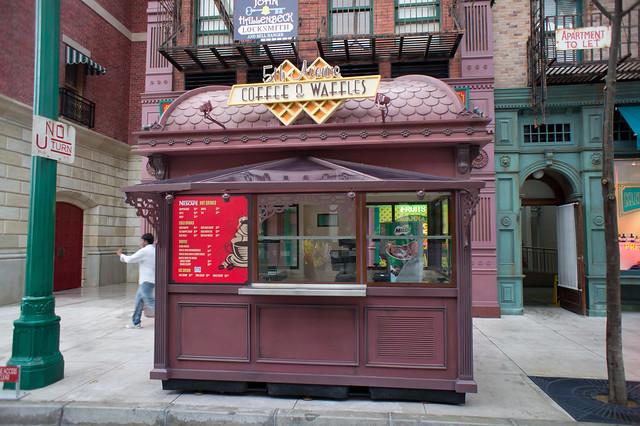 5th Avenue Coffee & Waffles