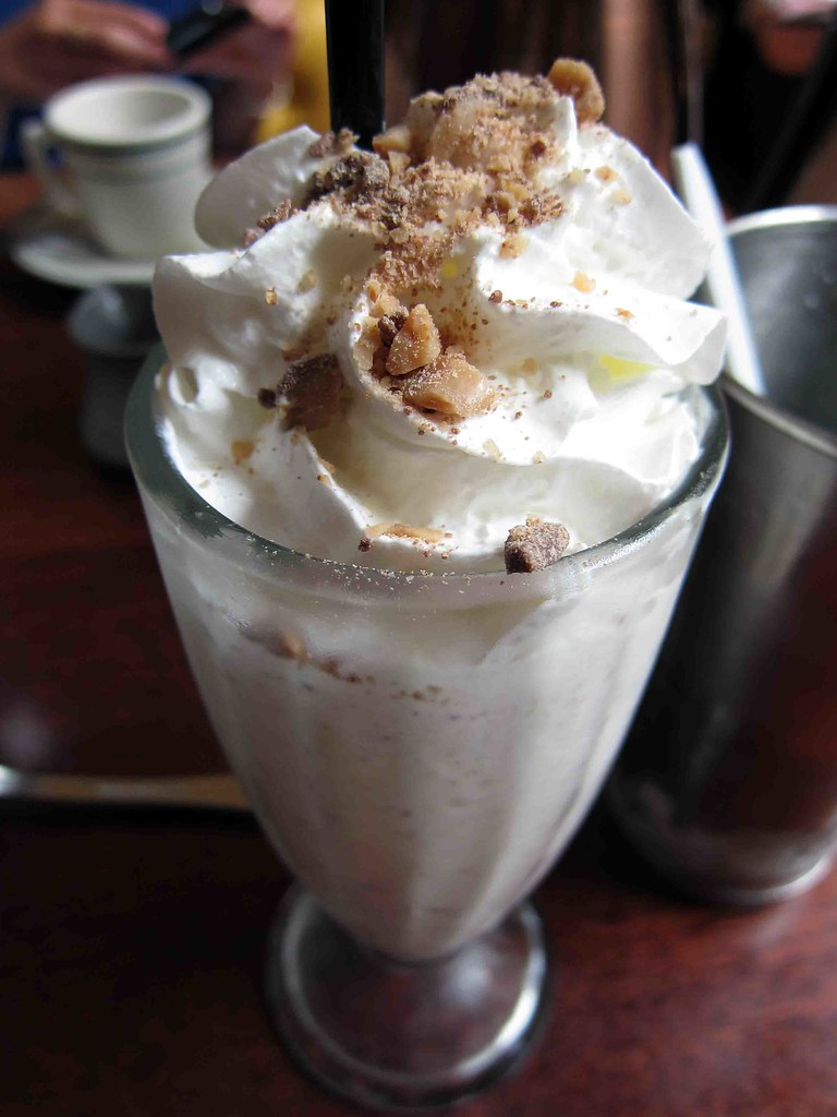 heath almond milkshake