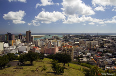 Port Louis (Benjamin von Tilly Kistner) Tags: ocean city travel blue sky panorama cloud sun holiday color building castle tourism skyline skyscraper port canon geotagged photography eos harbor photo reisen colorful asia asien paradise cloudy photos harbour sommer urlaub hill indianocean sigma bluesky gross stadt blau mauritius hafen sonne canoneos gebude colony bigcity tourismus burg reise gebaeude habour habor portlouis paradies kolonial lagerhalle erholung polfilter goodweather touristik kolonie indischerozean grossstadt polarisingfilter polarisationsfilter 1750mm sigma175028 sigma1750 grosstadt canoneos60d eos60d mygearandme mygearandmepremium fortadelaide 1750mmf28exdcoshsm
