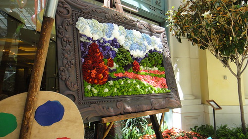 Flower painting at Bellagio