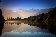"Morning sun . Lake Matheson . View to Mount Cook (Uhlenhorst) Tags: travel newzealand landscapes reisen reflexions neuseeland landschaften ourtime 2011 blueribbonwinner newvision greatphotographers topshots youmademyday kartpostal solofotos natureselegantshots natureframeshot paololivornosfriends panoramafotográfico saariysqualitypictures absolutelyperrrfect daarklands fleursetpaysages flickrsportal onlythebestofnature ♥✿naturalezafantasticaybella✿♥ ""✿spainflickrwinnerpost1award2 ♥✽españacañí peregrino27newvision"
