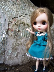 Some jewels in a Tree... (Maude80) Tags: tree very blythe custom jewels vicky
