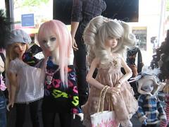 Shushu! ({Little Poison Cupcake}) Tags: fun doll dolls tea oasis bubble bjd meet balljointdoll