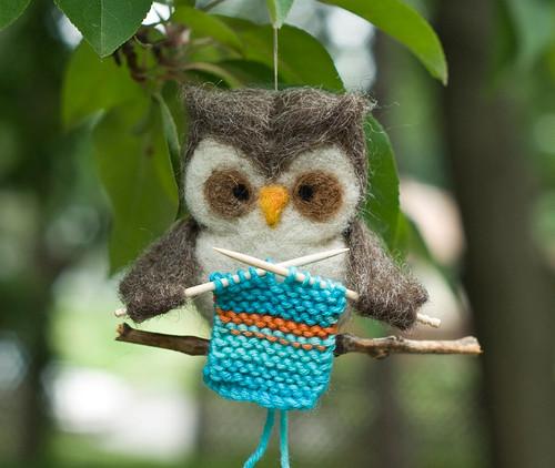 Owl Knitter