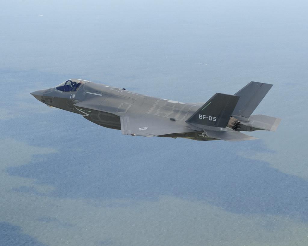 F-35 Lightning II  総合スレッド 2機目