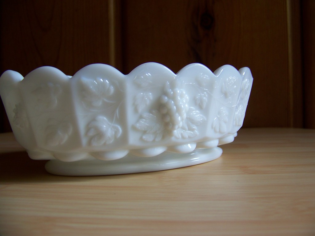Westmoreland Milk Glass Paneled Grape Oval Dish