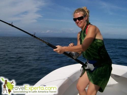 Women finishing in costa rica