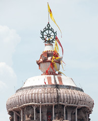 Cops detain priests for Puri temple theft
