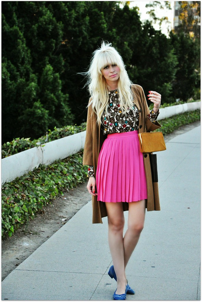 pink pleated skirt and camel