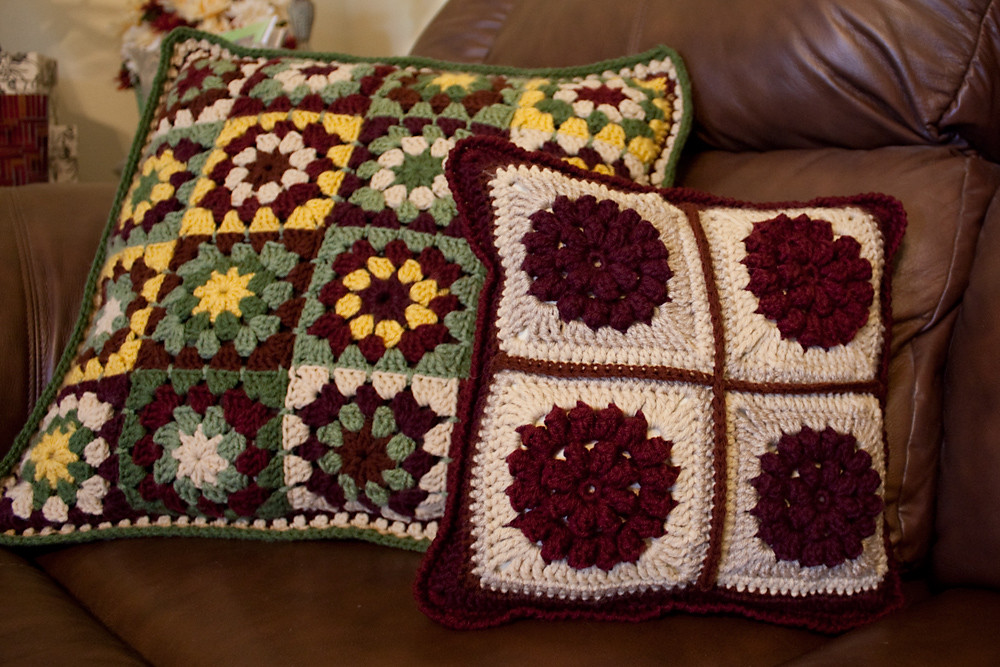 Four Flowers Pillow - Front