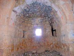 """Teil des ehemaligen Kirchenraums von Mor Afrem • <a style=""""font-size:0.8em;"""" href=""""http://www.flickr.com/photos/65713616@N03/5991026876/"""" target=""""_blank"""">View on Flickr</a>"""