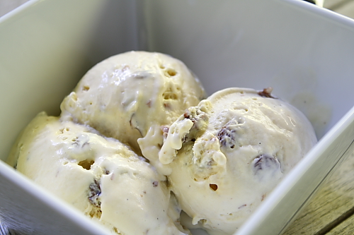 Rum Raisin Ice Cream - Delishhh