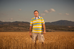 Just Standing in a Field - 30.52 (The Kristiano) Tags: field wheat einstein pcb pocketwizard strobist geocity camera:make=canon exif:make=canon exif:iso_speed=100 exif:focal_length=70mm canon5dmarkii camera:model=canoneos5dmarkii geostate geocountrys exif:model=canoneos5dmarkii exif:lens=ef70200mmf28lisiiusm exif:aperture=50