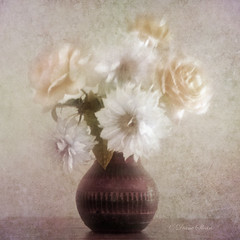Still Life (DigiDi) Tags: flowers roses stilllife painterly art texture clematis vase bouquet cityart fineartphotos impressedbeauty digidi photoartistry awardtree saariysqualitypictures artistictreasurechest oracope nmpemulation sbfmasterpiece sbfgrandmaster