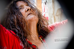 devotee (Anahita Hashmani) Tags: pakistan tradition malang sufi sindh urs beggers dhol sufisaint malangs qalandar fakirs pakistanheritage sehwanshareef lalshehbazqalandar jhuleylal
