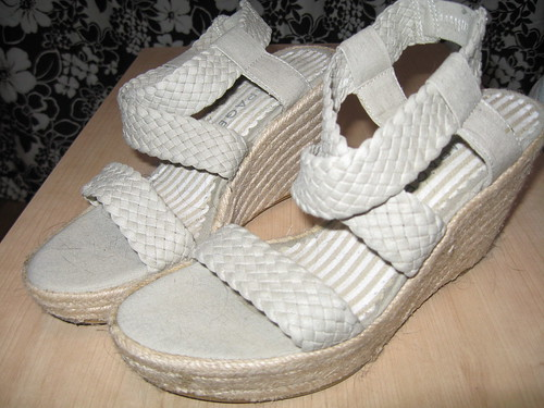 Rampage fabric wedges, sz. 6.5
