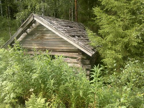 Abandoned mökki
